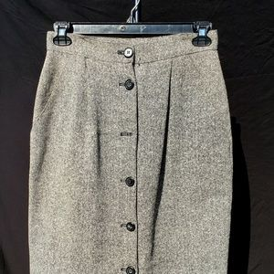 Liz Claiborne Heather Fitted Skirt - 12